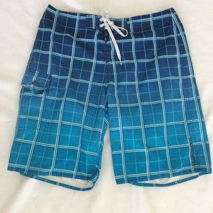 "Quicksilver Blue& White 19"" Boardshorts size 36"
